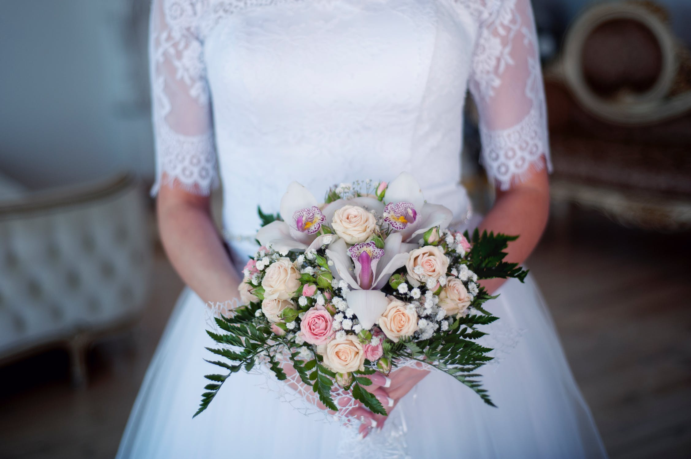 Autumn bouqets fall flowers danversport yacht club bride and bouquet of fall flowers izmirmasajfo
